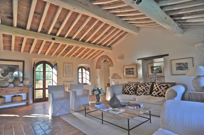 Casa colonica in pietra in toscana for Disegni di case toscane