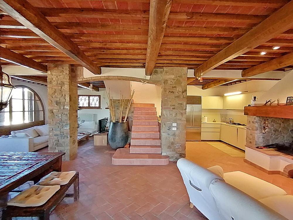 Casale Castelfalfi soggiorno