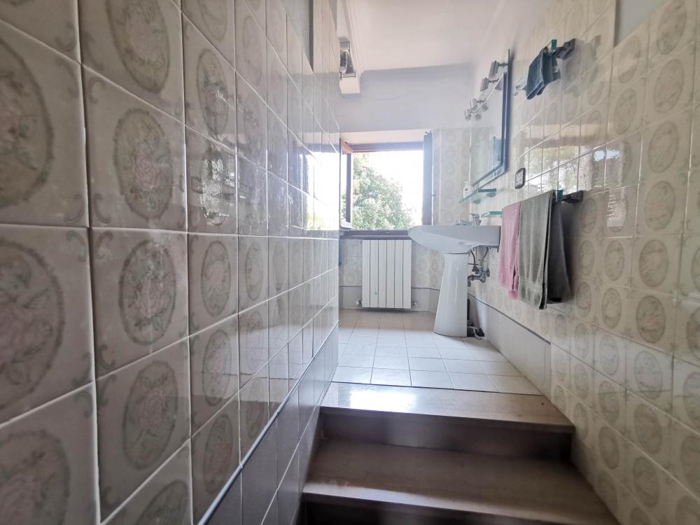 casale san gimignano bagno