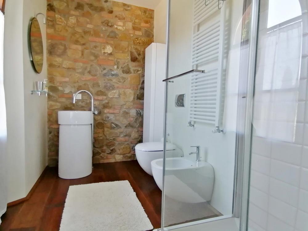 Casale castelfalfi bagno